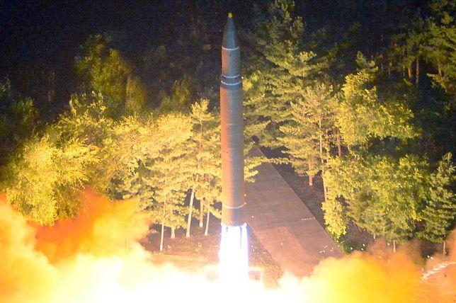 Korea Północna wystrzeliła pocisk z okolic Pyongyangu.