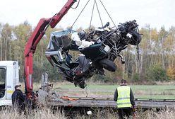 Tragedia na przejeździe kolejowym w Cekanowie. Przerażające zdjęcia z wypadku