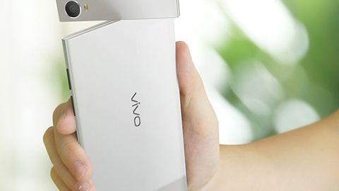 Chińskie cuda marki Vivo — smartfon z ekranem Quad HD i z obracanym aparatem Nikona