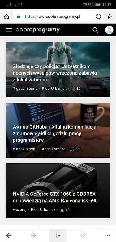 W Microsoft Edge na Androidzie karty można wysłać na komputer dzięki niewielkiej ikonie na dole ekranu.