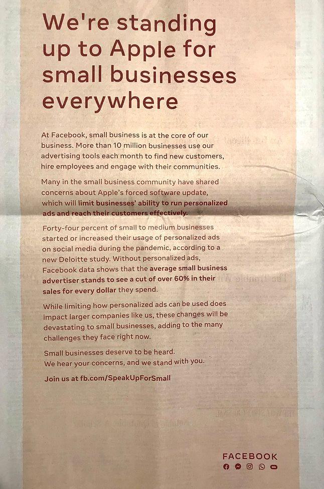 Reklama prasowa Facebooka krytykująca zmiany zapowiadane przez Apple'a. (twitter.com/DaveStangis)