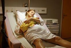 Kobiety rodzą o dwie godziny dłużej niż pół wieku temu