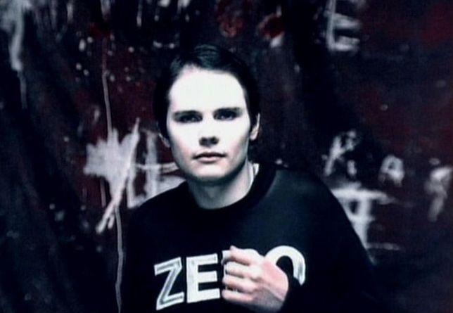 Billy Corgan za młodu, jeszcze z włosami na głowie