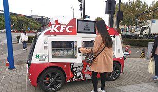"""KFC testuje """"restauracje na kółkach"""""""