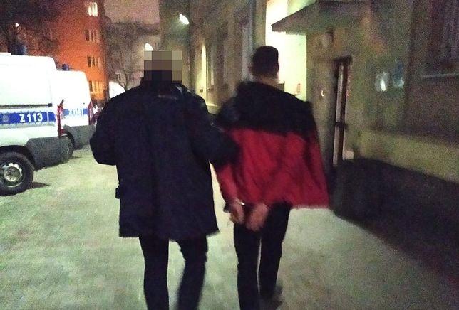 Warszawa. Mężczyzna zatrzymany przez policjantów