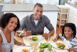 Rodzinny obiad służy zdrowiu