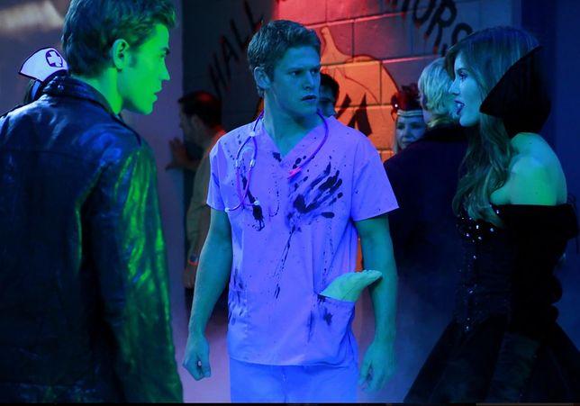 Pamiętniki wampirów sezon 1, odcinek 7: Polowanie (Haunted)