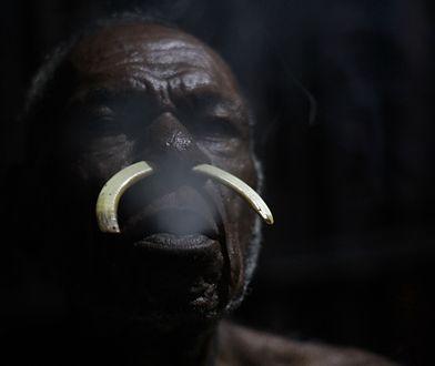 Ostatni kanibale. Z wizytą u plemion Papui Zachodniej