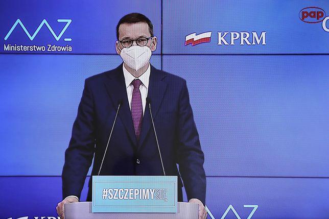 Premier Mateusz Morawiecki podczas konferencji prasowej 25 marca