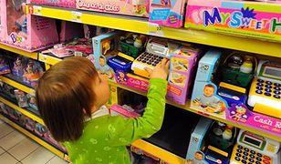 Klocki, książki i gry popularnymi prezentami dla dzieci i młodzieży