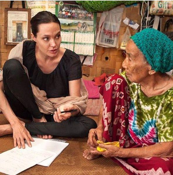 """Angelina Jolie w ogniu krytyki. Aktorka odpiera oskarżenia i zarzuca """"Vanity Fair"""" kłamstwo"""