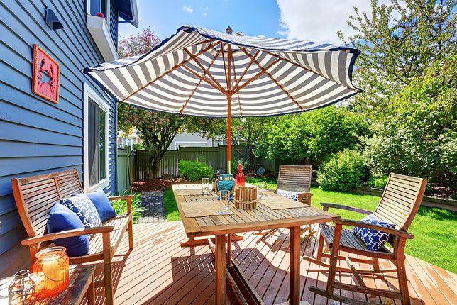 Wybieramy parasol ogrodowy. Zobacz, na co zwrócić uwagę