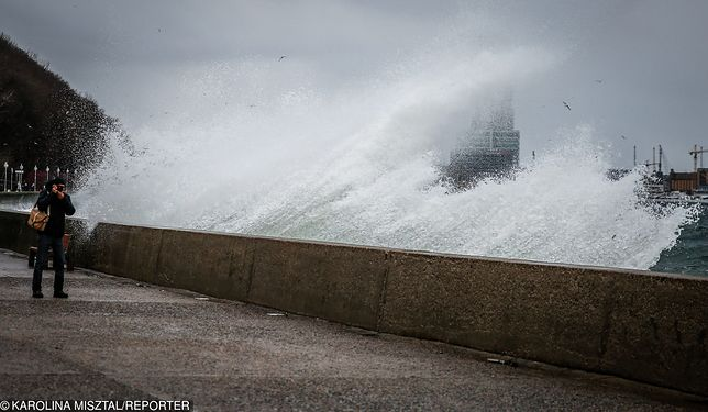 Silny wiatr na północy i w centrum kraju. W najtrudniejszych momentach jego prędkość może osiągać 110 km/h.