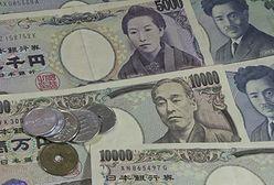 Rynek poznał decyzję Banku Japonii. Jen zyskuje na sile