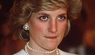 Księżna Diana w ciekawy sposób podpisała się na kartce świątecznej.