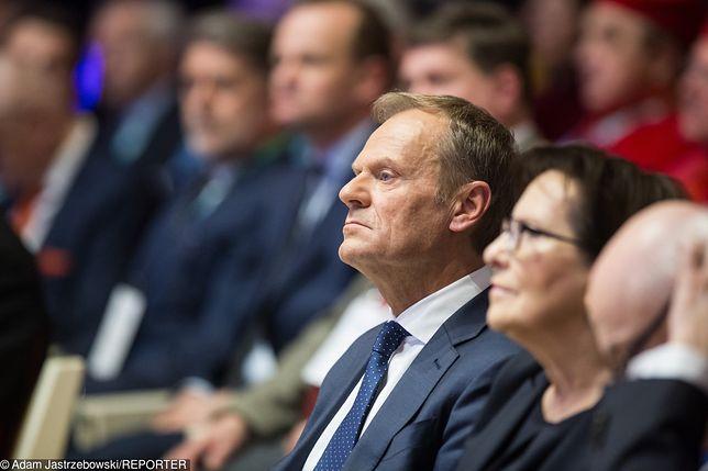 Donald Tusk przed przemówieniem na UAM w Poznaniu