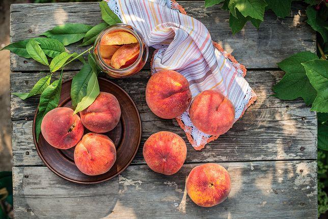 Zdrowe i pyszne owoce lata