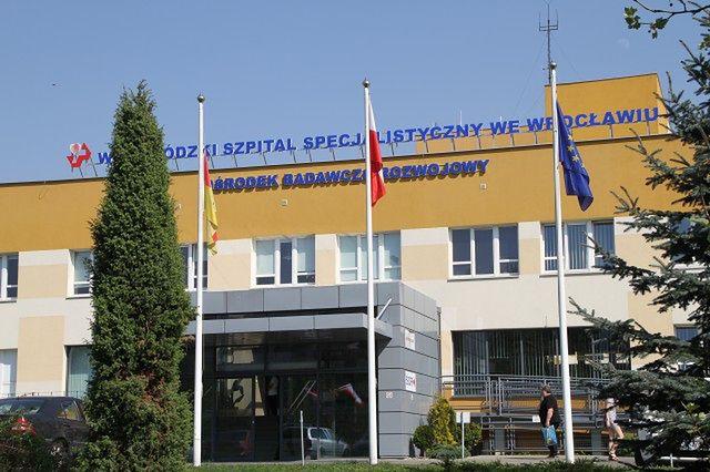 Koronawirus w szpitalu przy ulicy Kamieńskiego. Zamknięto jeden oddział i część SOR-u.