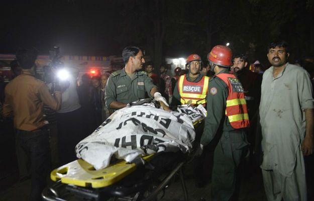 Ratownicy na miejscu tragedii