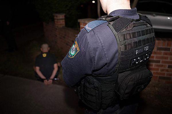 Dżihadyści planowali zabójstwa w miejscach publicznych w Australii. Chcieli ścinać głowy