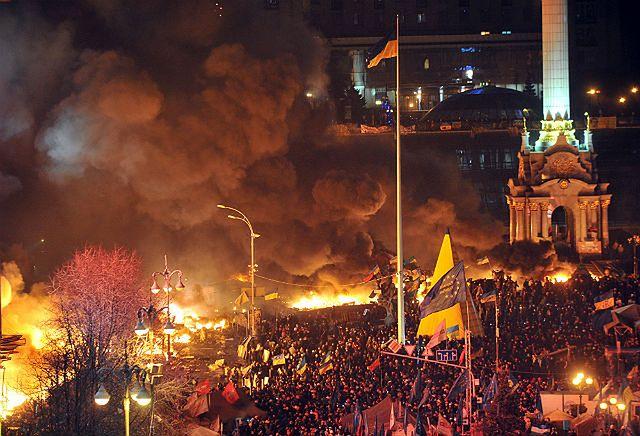Zabici i ranni. Krew na ulicach Kijowa - zdjęcia