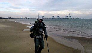 Przeszedł plażą 550 km, aby spełnić marzenia dzieci chorych na raka