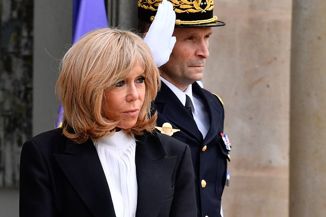 Brigitte Macron spaceruje podczas kwarantanny