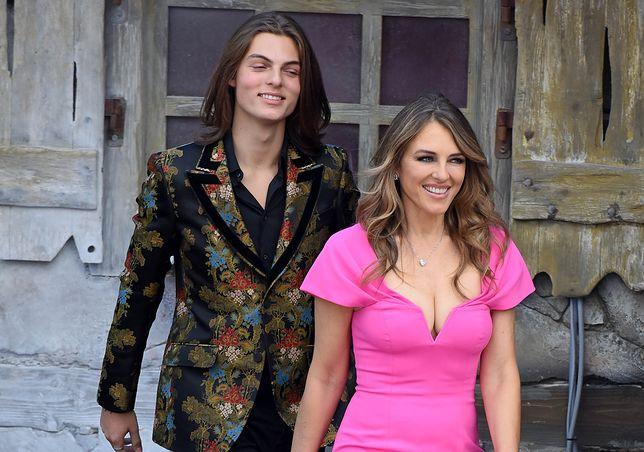 Elizabeth Hurley często zabiera nastoletniego syna na wydarzenia branżowe