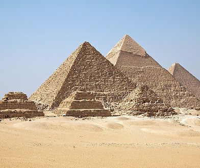 Piramidy w Gizie zostały zbudowane przez obcą cywilizację?