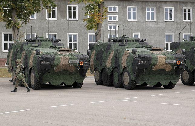Na rondzie Dmowskiego staną wojskowe Rosomaki