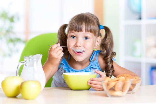 Pełnowartościowe śniadanie może usprawnić pracę mózgu