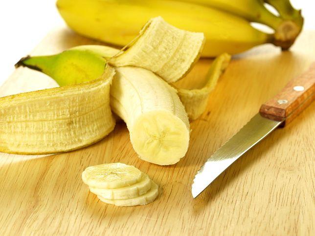 Banan jest owocem pełnym wartości odżywczych, ale i kalorycznym