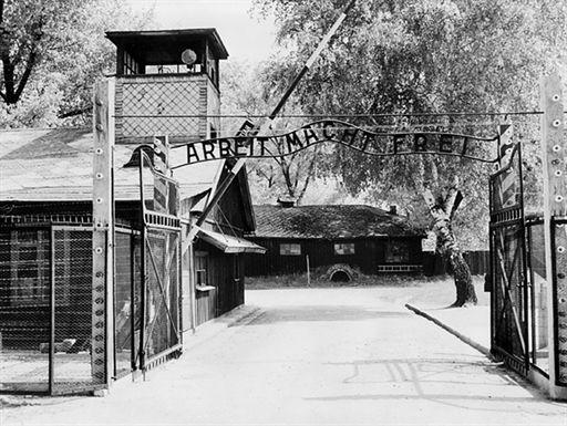 Oskarżony o kradzież napisu z Auschwitz nie przyznaje się