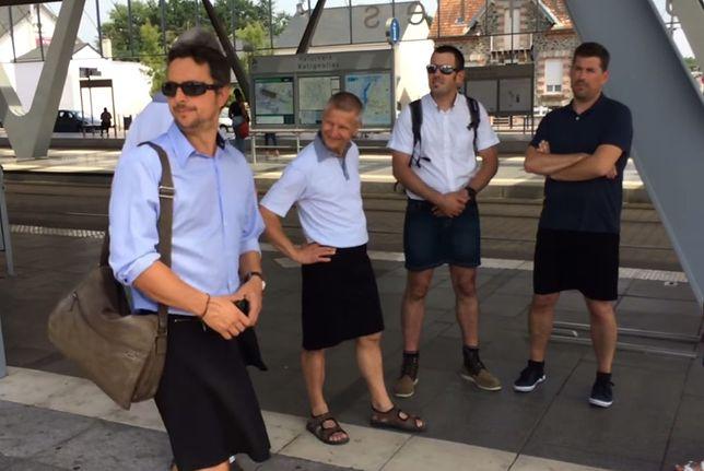 Kierowcy autobusów nie mogą nosić krótkich spodni, więc zakładają spódnice