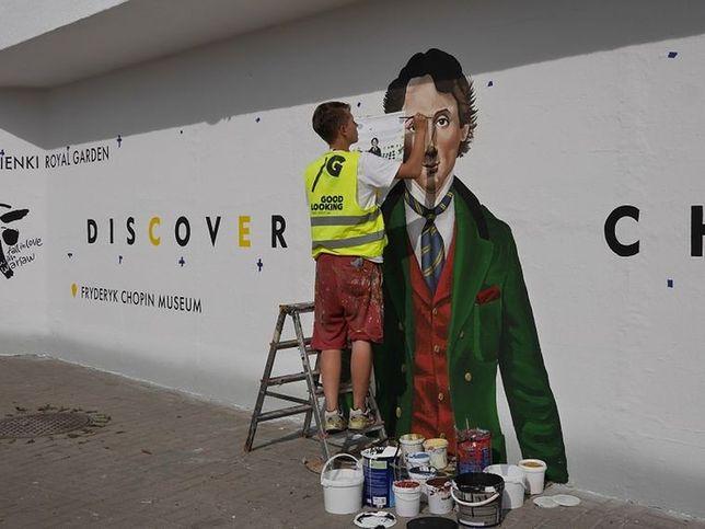 Nowy mural w stolicy. Chopin będzie czekał przy metrze