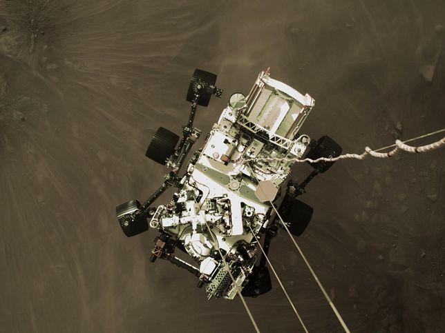 Łazik Perseverance przesłał nowe zdjęcia z Marsa