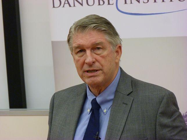 Kolejny ekspert od wizerunku Polskiej Fundacji Narodowej. Będzie zarabiał krocie