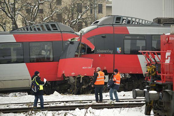 Czołowe zderzenie pociągów w Wiedniu
