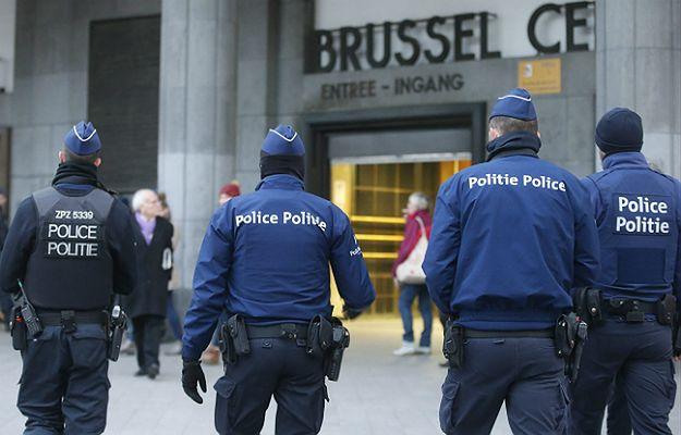 """Wielki meczet w Brukseli ewakuowany. Znaleziono """"biały proszek"""""""