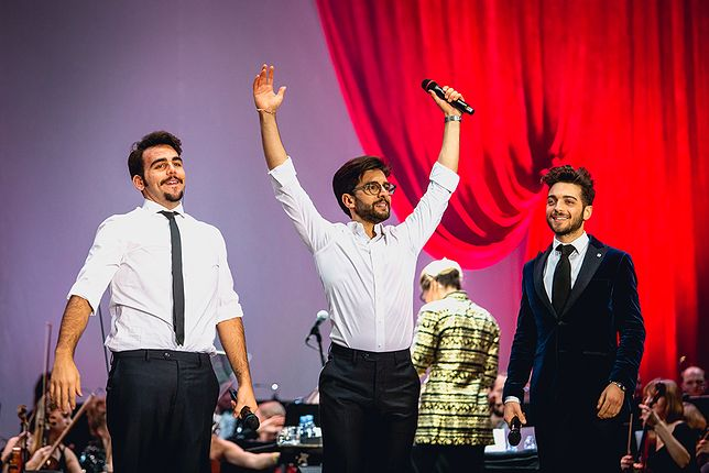 Trójka charyzmatycznych wokalistów wkrótce przyjedzie do Polski