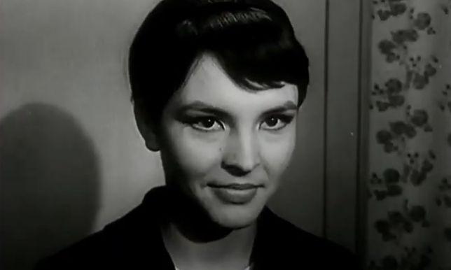 """Teresa Tuszyńska w filmie """"Rozwodów nie będzie"""" z 1963 roku."""