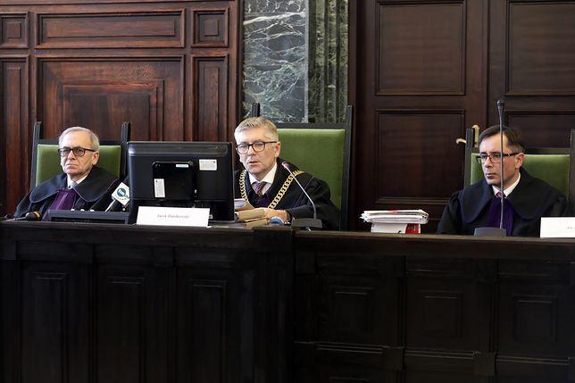 Zabójstwo niemowlęcia w Ełku. Ojciec 2-miesięcznego chłopca skazany