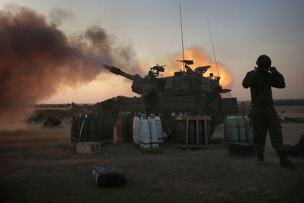 Hiszpania wstrzymała sprzedaż broni do Izraela