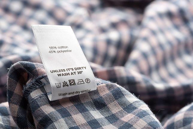Nie wierz metce. Producenci odzieży oszukują - wynika z kontroli Inspekcji Handlowej