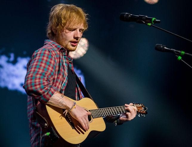 Ed Sheeran miał wypadek! Co z koncertami piosenkarza?