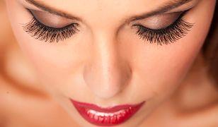 Makijaż na studniówkę powinien być widoczny, ale niezbyt wyzywający