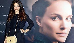 """Weronika Rosati na premierze filmu """"Opowieść o miłości i mroku"""""""