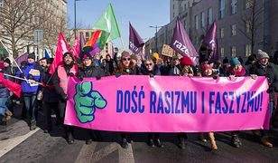 """W Warszawie odbył się marsz pod hasłem """"Dość rasizmu i faszyzmu"""""""