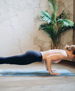 Plank. Jak poprawnie go wykonać i jakie przynosi efekty?