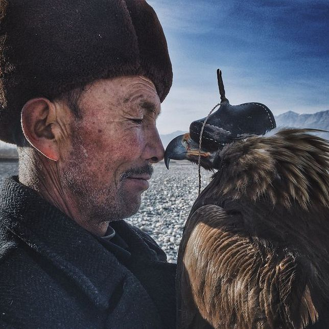 Grand Prix iPhone Photography Awards 2016 - Man and the Eagle